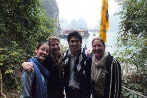visite Halong avec Guide francophone au Vietnam