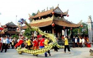 Fête de pagode Keo à Hanh Thien