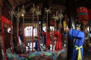 Fête de la maison communale de Phu Le