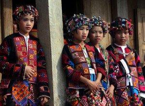 Ethnie des LoLo noirs et des Lo Lo Barioles au Vietnam
